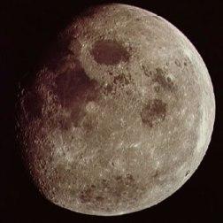 a08_moon