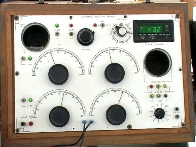 rad_kelly_radionice_device